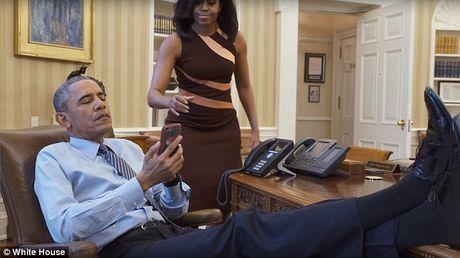 Ai quan ly Facebook cua ong Obama khi roi Nha Trang? - Anh 2