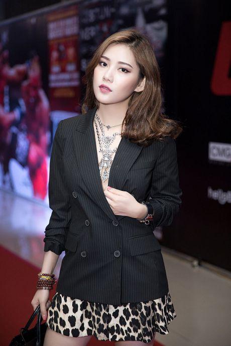 Ban gai tin don Milan Pham sexy the, sao Tien Dat chua thua nhan? - Anh 4