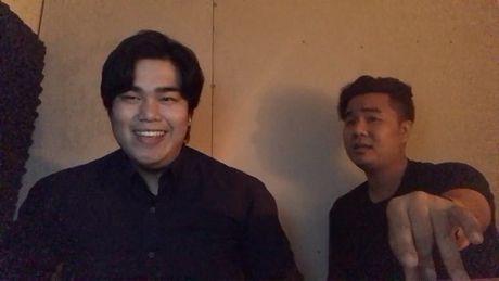 'Thanh hat live' cover 'Phia sau mot co gai' gay sot cong dong mang - Anh 2