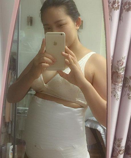 Phan Nhu Thao khoe bung ngan mo sau sinh con cho dai gia Duc An - Anh 3