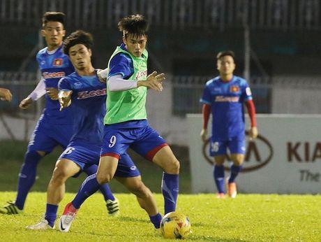Cong Phuong doi mat nguy co ngoi du bi dai tai AFF Cup 2016 - Anh 1