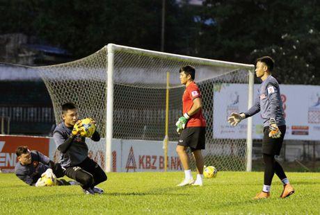 Thu mon DT Viet Nam quyet thang tran dau truoc Myanmar tai AFF Cup - Anh 1