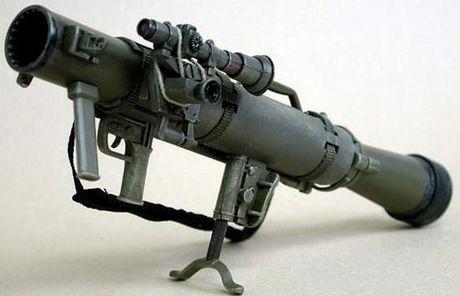 Khung khiep sung chong tang Carl Gustav 'xuyen tao' BMP-1 de dang - Anh 1