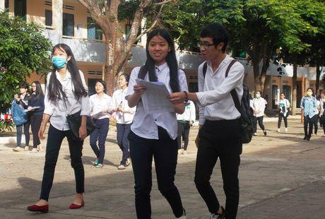 Gia Lai: 464 thi sinh dat giai trong ky thi chon hoc sinh gioi lop 12 cap tinh - Anh 1