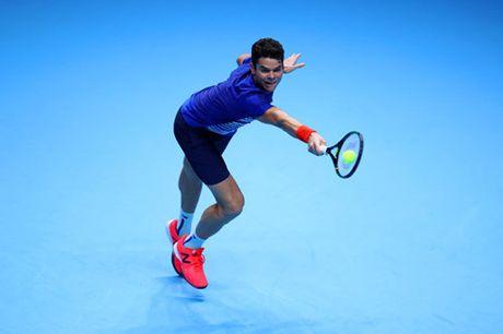 Djokovic gianh ve dau tien vao ban ket ATP World Tour Finals - Anh 2