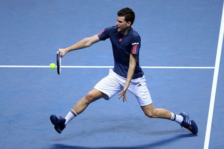 Djokovic gianh ve dau tien vao ban ket ATP World Tour Finals - Anh 3
