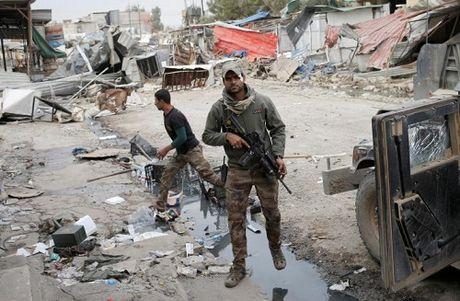 Iraq: IS giet hang chuc dan thuong o Mosul de ngan chan ho tro quan doi - Anh 1