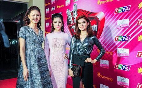 Hoa hau My Linh xinh dep ben Noo Phuoc Thinh dien trai - Anh 2