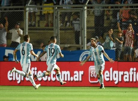 Argentina - Colombia: Dem dien cua Messi - Anh 1
