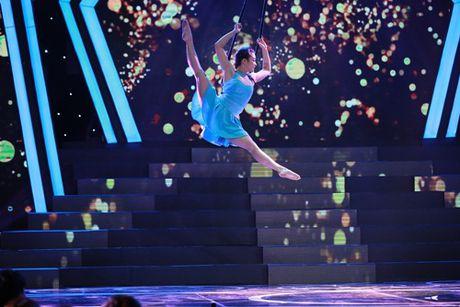Le Phuong truot Top 3 Nguoi nghe si da tai - Anh 11