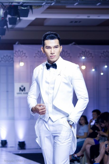 A vuong Ngoc Tinh banh bao lam chu re ben co dau A hau Le Hang - Anh 10