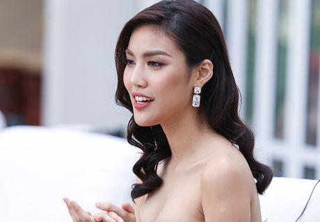 Lan Khue: Toi san sang cong tac cung Pham Huong - Anh 6