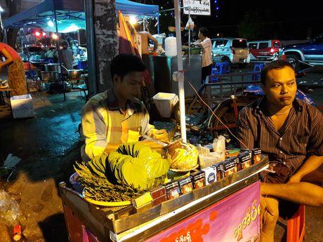 Thien duong an uong o pho dem Yangon - Anh 1