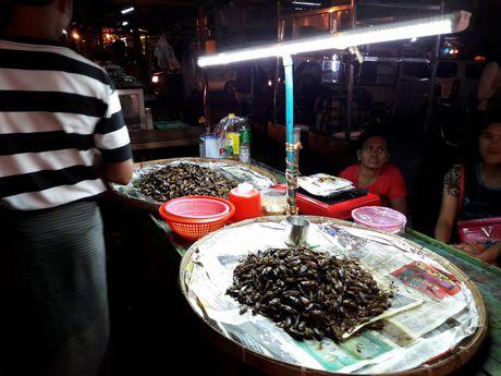 Thien duong an uong o pho dem Yangon - Anh 4