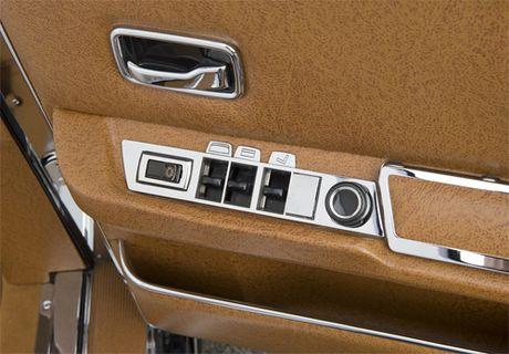 Mercedes 600 Pullman Landaulet - limo tong thong hang hiem - Anh 10