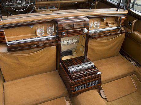 Mercedes 600 Pullman Landaulet - limo tong thong hang hiem - Anh 13