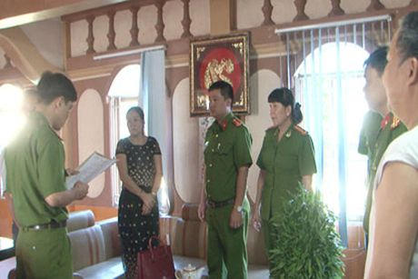 Thay doi quyet dinh khoi to nguyen Giam doc cong ty… lua - Anh 1