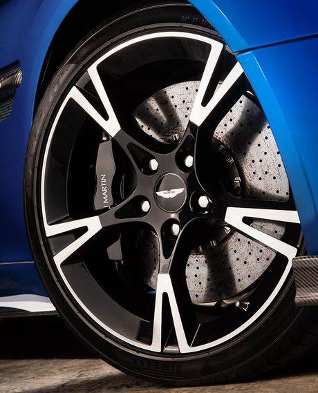 Trinh lang sieu xe Aston Martin Vanquish S 2018 the he moi - Anh 10