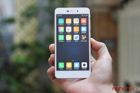 Xiaomi Redmi 4A dau tien len ke Viet gia 2,25 trieu - Anh 1