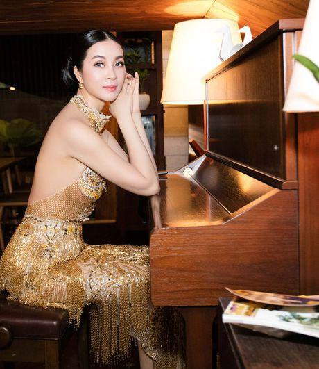 He lo che do 'khac nghiet' giup Thanh Mai goi cam vuot thoi gian - Anh 10