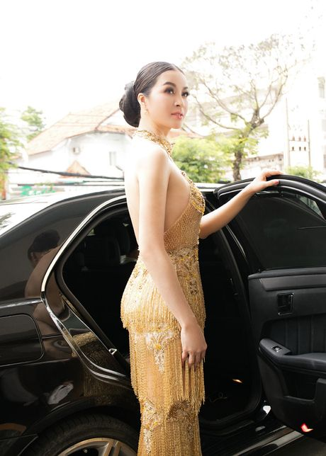 He lo che do 'khac nghiet' giup Thanh Mai goi cam vuot thoi gian - Anh 11