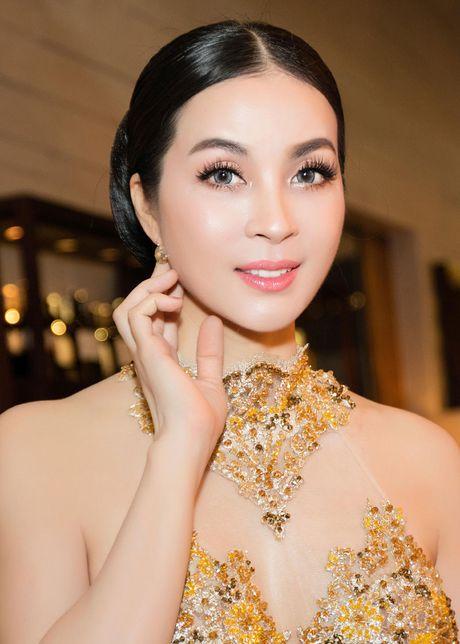 He lo che do 'khac nghiet' giup Thanh Mai goi cam vuot thoi gian - Anh 12