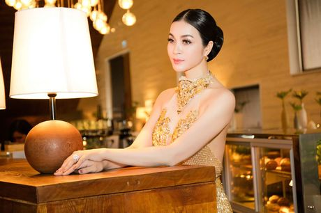 He lo che do 'khac nghiet' giup Thanh Mai goi cam vuot thoi gian - Anh 14