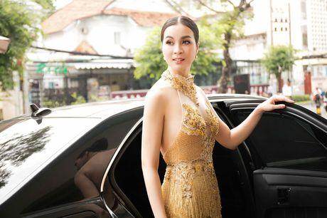 He lo che do 'khac nghiet' giup Thanh Mai goi cam vuot thoi gian - Anh 15