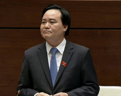 Bo truong GD&DT nhan loi khi sinh vien ra truong that nghiep - Anh 1
