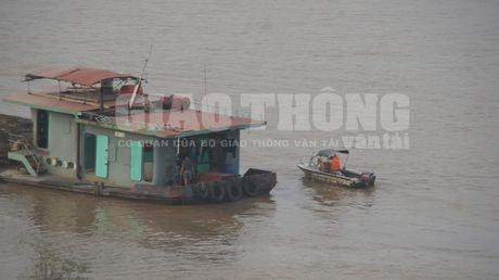 "Vu xa thai tren song Hong: Luc luong Canh sat duong thuy co ""van de""? - Anh 3"