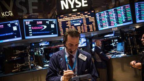 Pho Wall 'xanh san', Dow Jones tang diem phien thu bay lien tiep - Anh 1