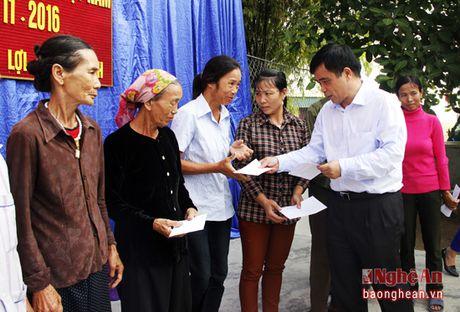Pho Chu tich UBND tinh du ngay hoi doan ket tai Yen Thanh - Anh 4