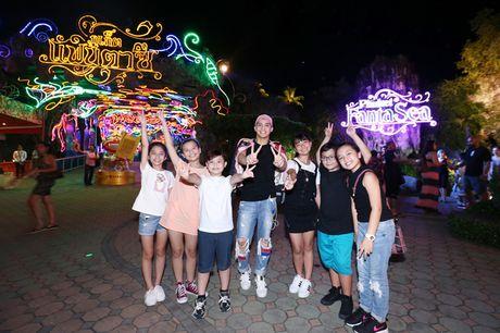 Sau liveshow dinh dam, Noo Phuoc Thinh dan ca team The Voice Kids den Thai Lan du ngoan - Anh 4