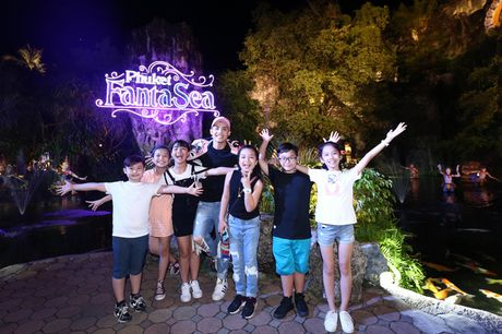 Sau liveshow dinh dam, Noo Phuoc Thinh dan ca team The Voice Kids den Thai Lan du ngoan - Anh 5