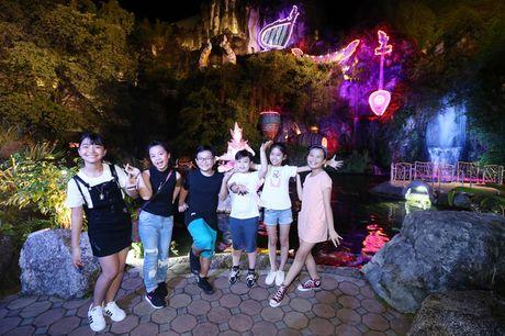 Sau liveshow dinh dam, Noo Phuoc Thinh dan ca team The Voice Kids den Thai Lan du ngoan - Anh 6