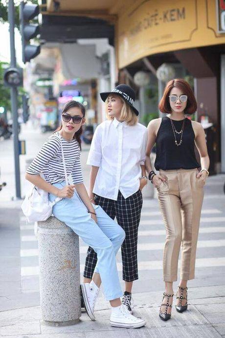 Xu huong nao 'len ngoi' trong streetstyle ngay giao mua cua cac stylist Viet? - Anh 4