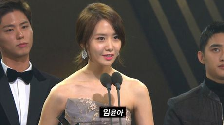 Asia Artist Awards 2016: Yoona, Baekhyun, Park Bo Gum thang lon mang phim anh - Anh 2