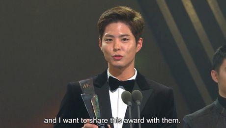 Asia Artist Awards 2016: Yoona, Baekhyun, Park Bo Gum thang lon mang phim anh - Anh 9