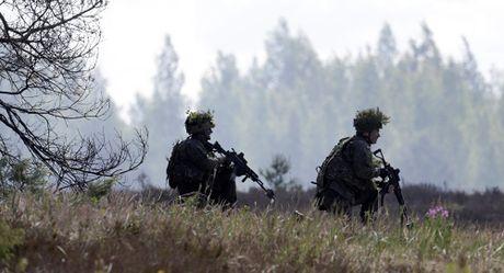 EU lo tham vong thuc su: NATO hay quan doi rieng - Anh 2