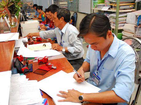 TP.HCM: Chuan hoa toan bo thu tuc hanh chinh - Anh 1