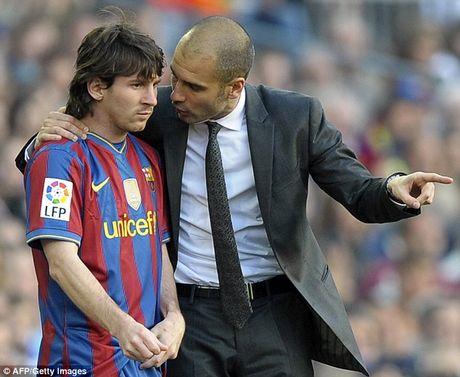 Pep Guardiola lay Messi ra lam guong ve chuyen... sex - Anh 2