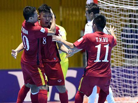 Tuyen Futsal Viet Nam lan dau tap trung thoi hau Bruno - Anh 1