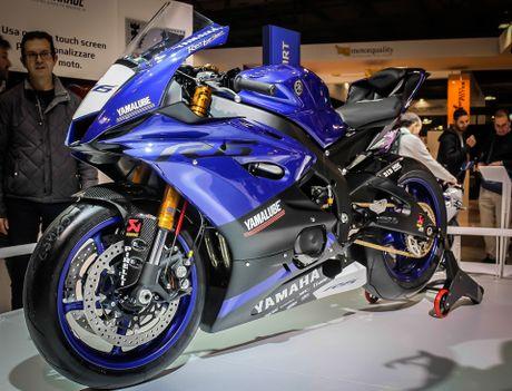 Yamaha R6 2017 thay doi dien mao hoan toan - Anh 3
