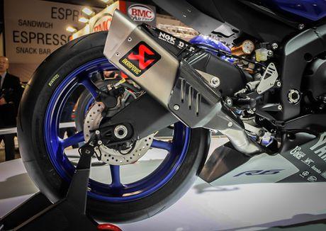 Yamaha R6 2017 thay doi dien mao hoan toan - Anh 9