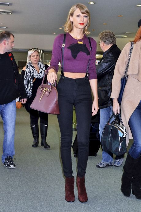 Chi voi mot chiec quan jeans, Taylor Swift bien hoa du kieu - Anh 7