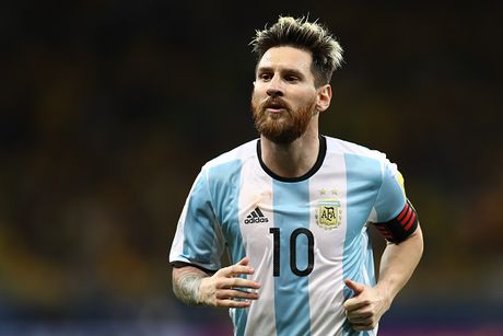 Argentina vs Colombia (3-0): Diem 10 cho Messi - Anh 6