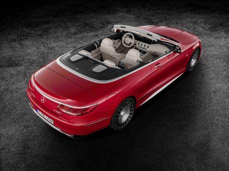 Mercedes-Maybach mui tran ra mat voi gia gan 322.000 USD - Anh 1