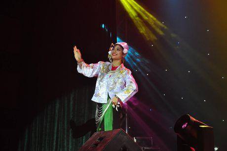 Anh doi thuong xinh dep cua hoa khoi Dai hoc Luat Ha Noi - Anh 8