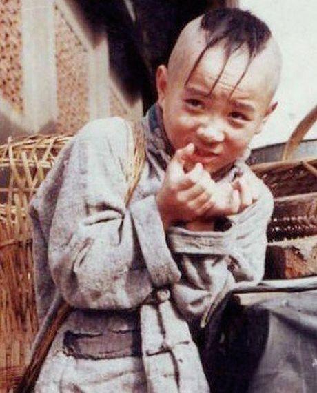 Sao nhi mot thoi Trung Quoc mung khi toc moc lai o tuoi 29 - Anh 2