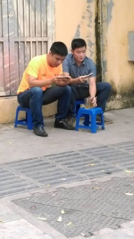 'Van hoa' bet trong am thuc duong pho Ha Noi - Anh 4
